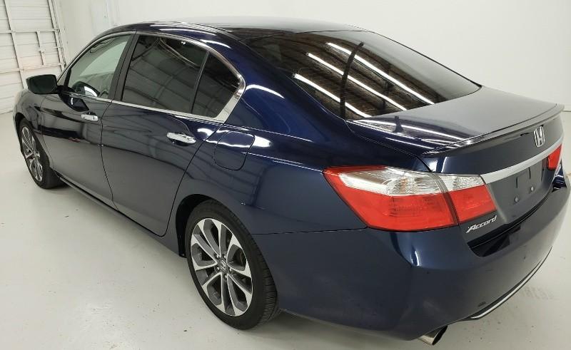 Honda Accord Sedan 2015 price $11,900