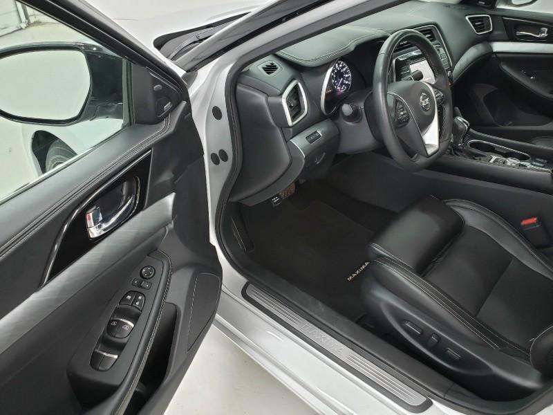 Nissan Maxima 2018 price $23,150