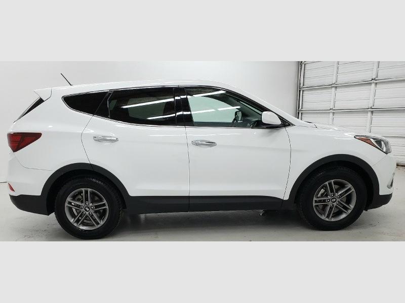 Hyundai Santa Fe Sport 2018 price $14,790