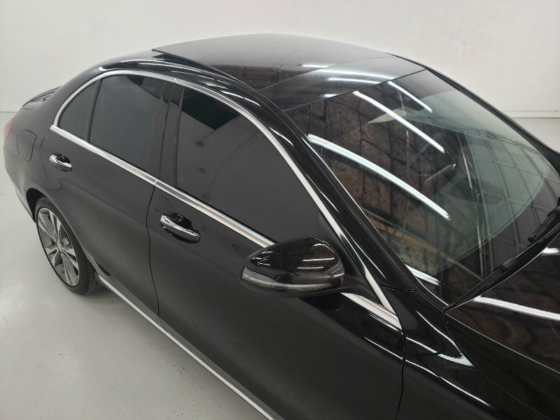 Mercedes-Benz C-Class 2016 price $24,050
