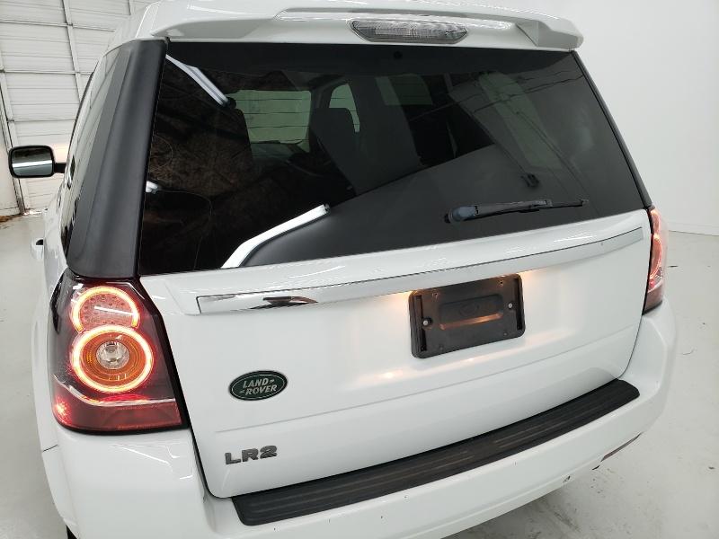 Land Rover LR2 2014 price $15,700