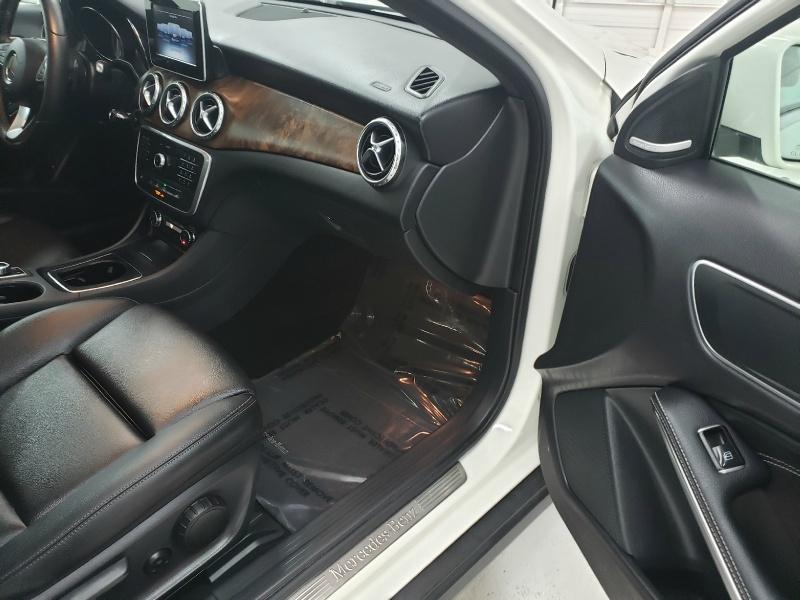 Mercedes-Benz GLA 2016 price $23,650