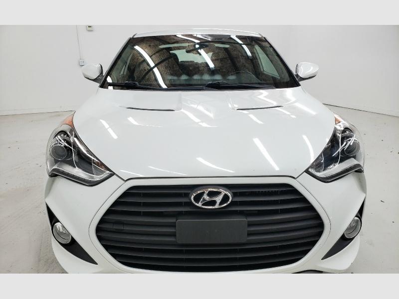 Hyundai Veloster 2013 price $9,590