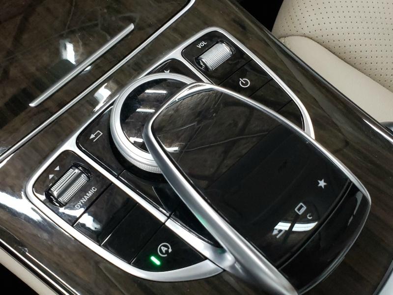 Mercedes-Benz C-Class 2016 price $23,850
