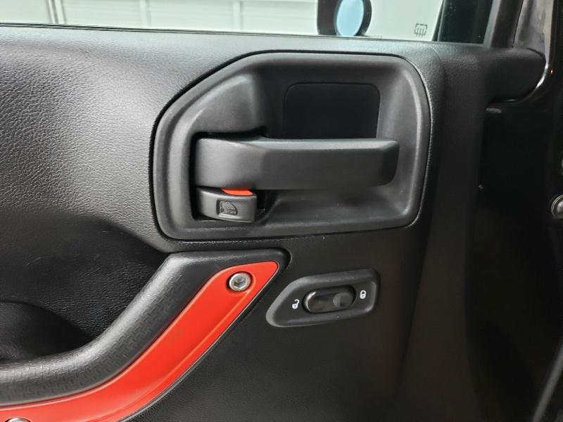 Jeep Wrangler Unlimited 2012 price $19,900