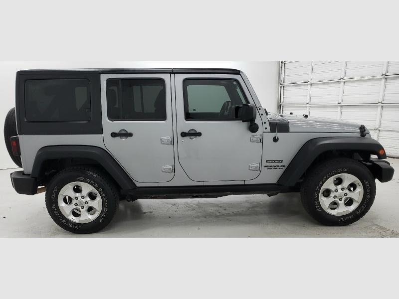 Jeep Wrangler Unlimited 2015 price $21,250