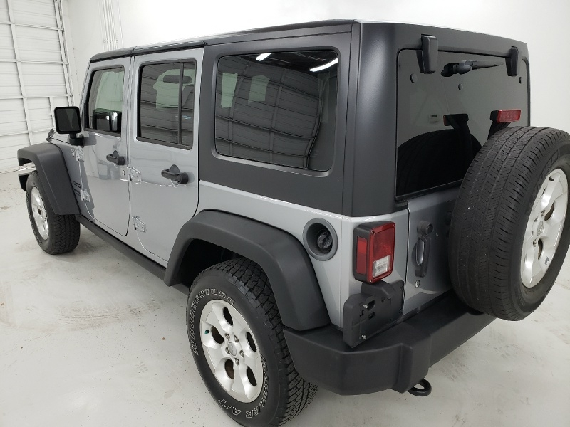 Jeep Wrangler Unlimited 2015 price $25,250
