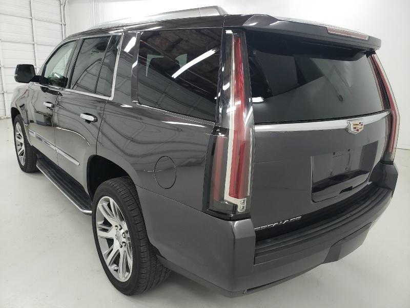 Cadillac Escalade 2016 price $39,900