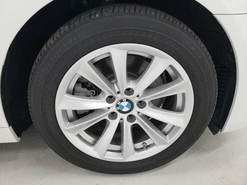 BMW 5-Series 2016 price $20,750
