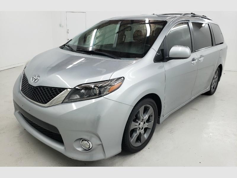 Toyota Sienna 2015 price $21,850