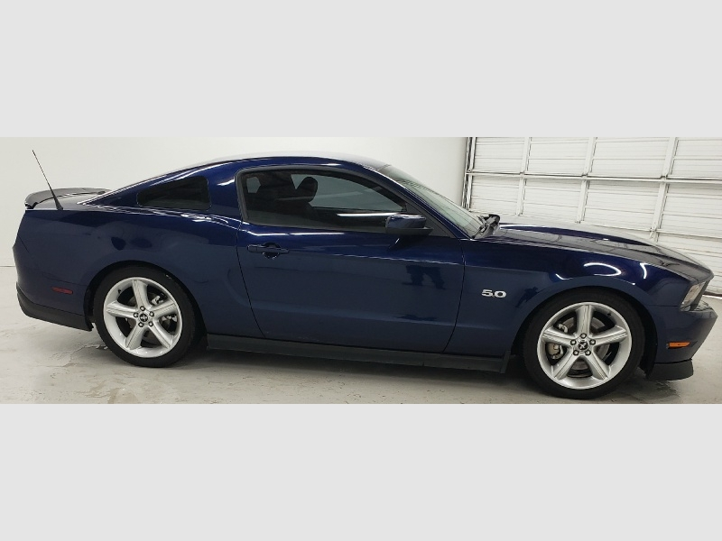 Ford Mustang 2011 price $18,690