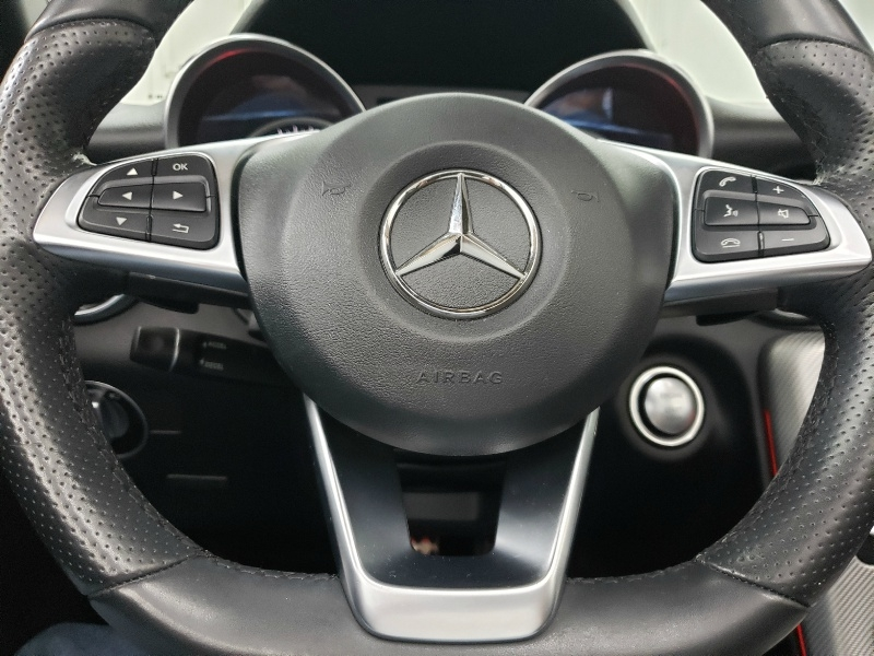 Mercedes-Benz SLC 2017 price $28,850