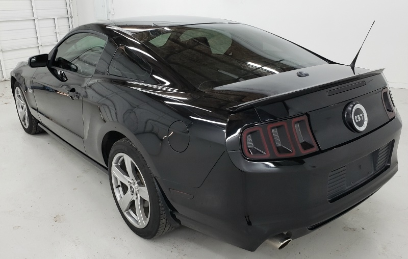 Ford Mustang 2013 price $20,400