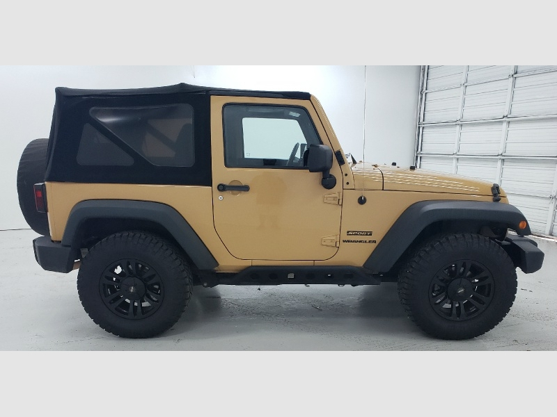 Jeep Wrangler 2013 price $20,990