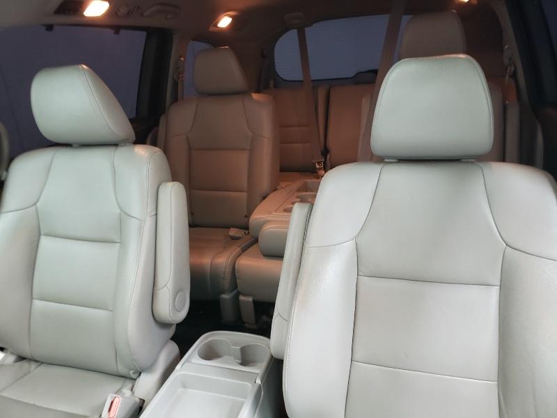 Honda Odyssey 2015 price $17,900