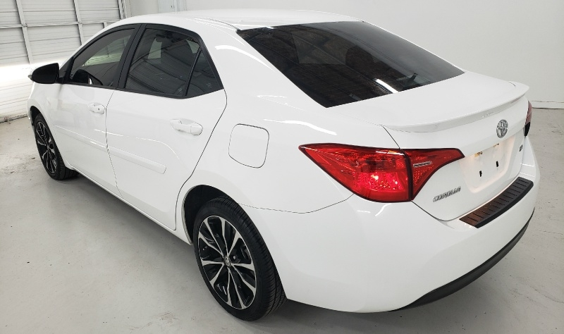 Toyota Corolla SE 2019 price $14,450