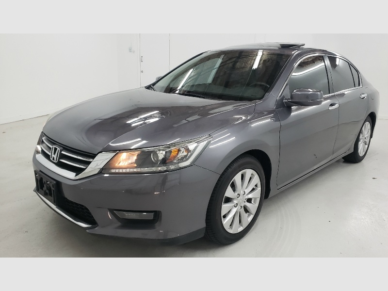 Honda Accord Sedan 2015 price $11,990