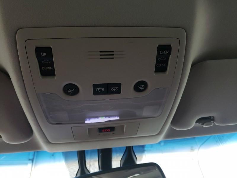 Lexus ES 300h 2013 price $13,300