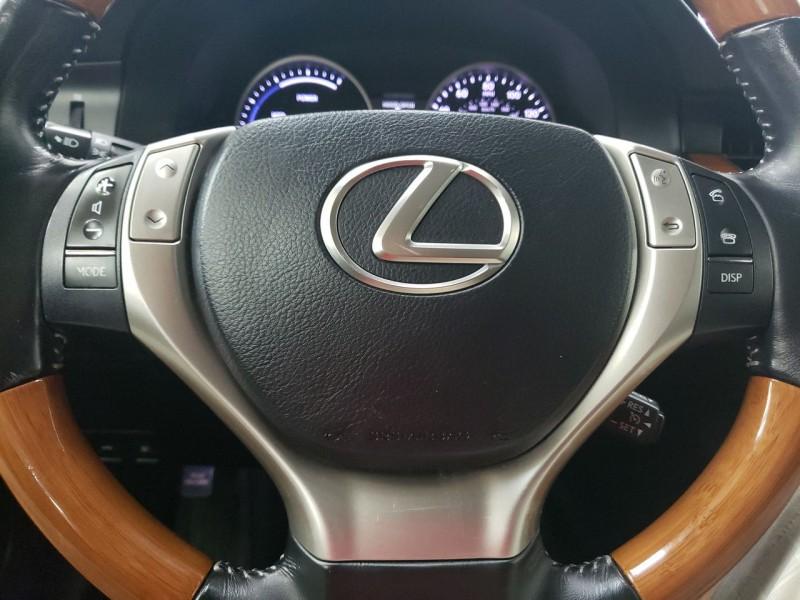 Lexus ES 300h 2013 price $16,450