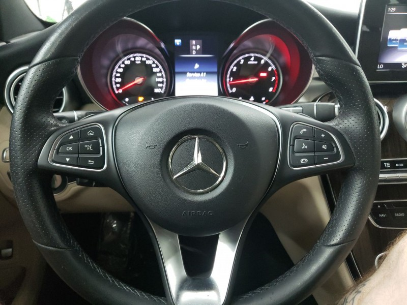 Mercedes-Benz C300 2018 price $27,550