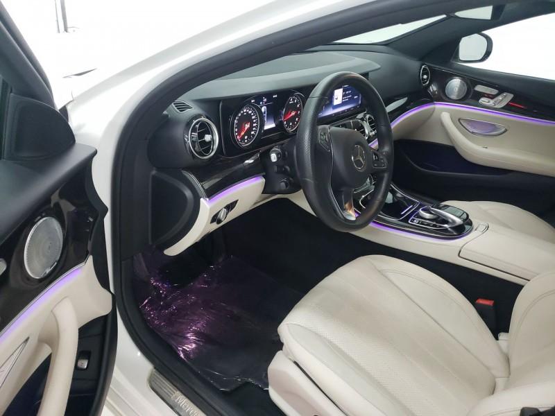 Mercedes-Benz E300 Luxury 2017 price $30,700