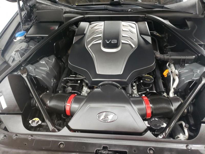 Hyundai Genesis 5.0 2015 price $19,750