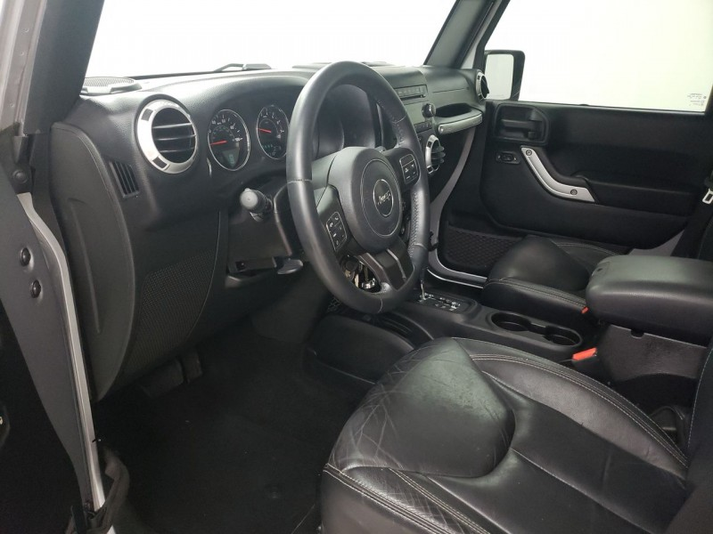 Jeep Wrangler Unlimited 2015 price $31,350