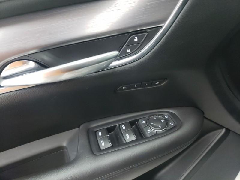 Cadillac XT5 2018 price $23,700