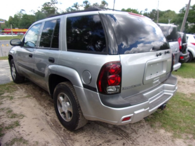 CHEVROLET TRAILBLAZER 2004 price $3,250