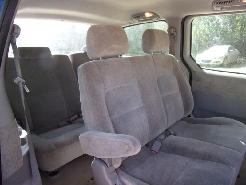 KIA SEDONA 2004 price $2,450