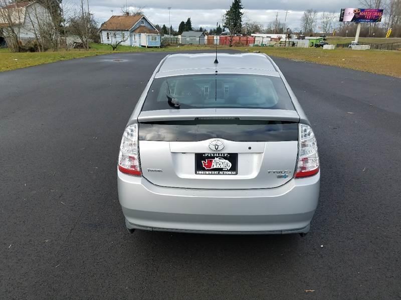Toyota Prius 2007 price $7,799
