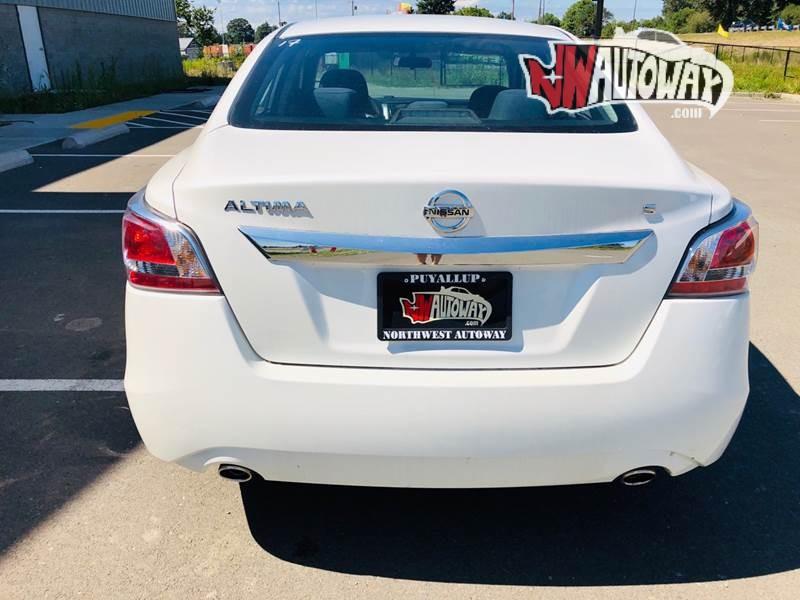 Nissan Altima 2015 price $12,395