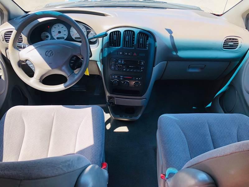 Dodge Grand Caravan 2001 price $2,495