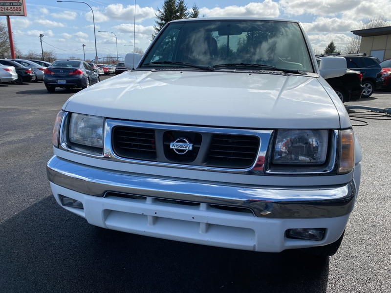 Nissan Frontier 4WD 2000 price $7,845