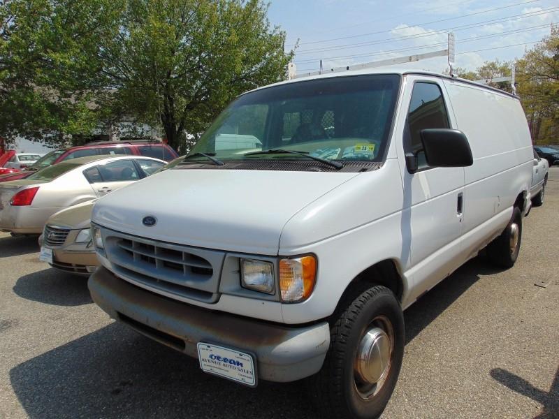 1998 Ford Econoline Cargo Van