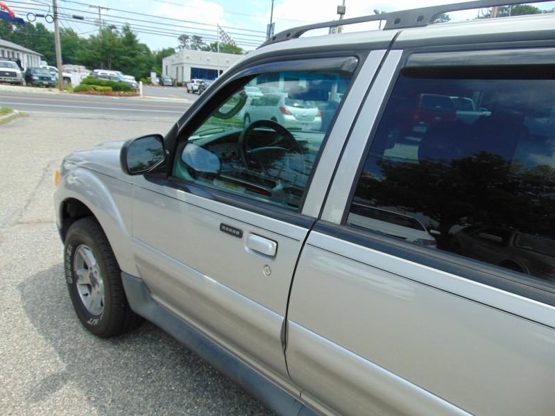 Ford Explorer Sport Trac 2005 price $9,588