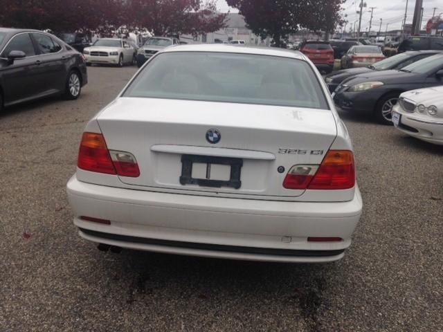 BMW 3-Series 2001 price $2,990