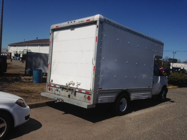 Ford Econoline Commercial Cutaway 2007 price $10,995 Cash