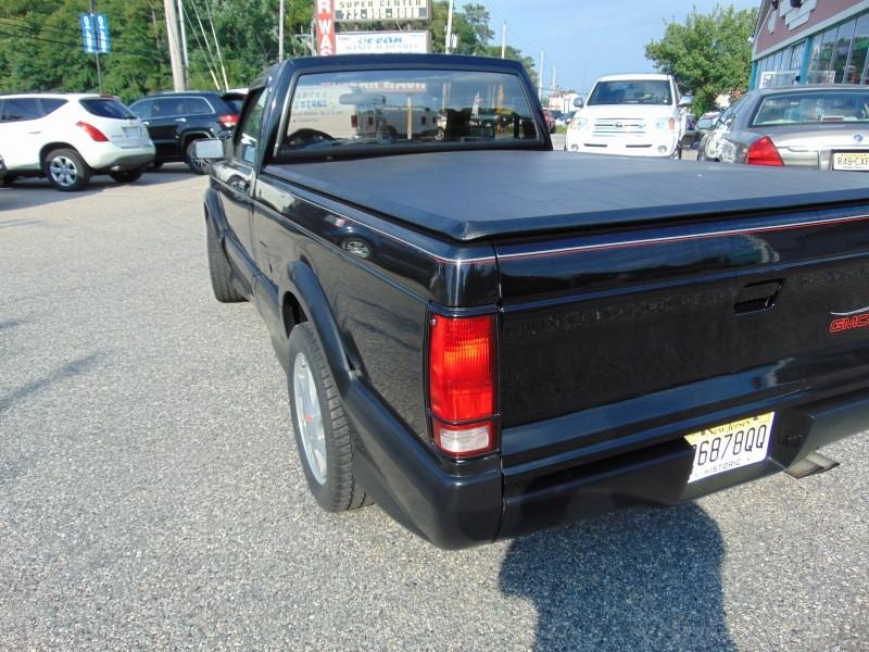 GMC S-15 1982 price $6,988 Cash