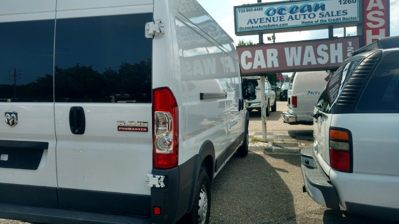 RAM ProMaster Cargo Van 2018 price $28,136