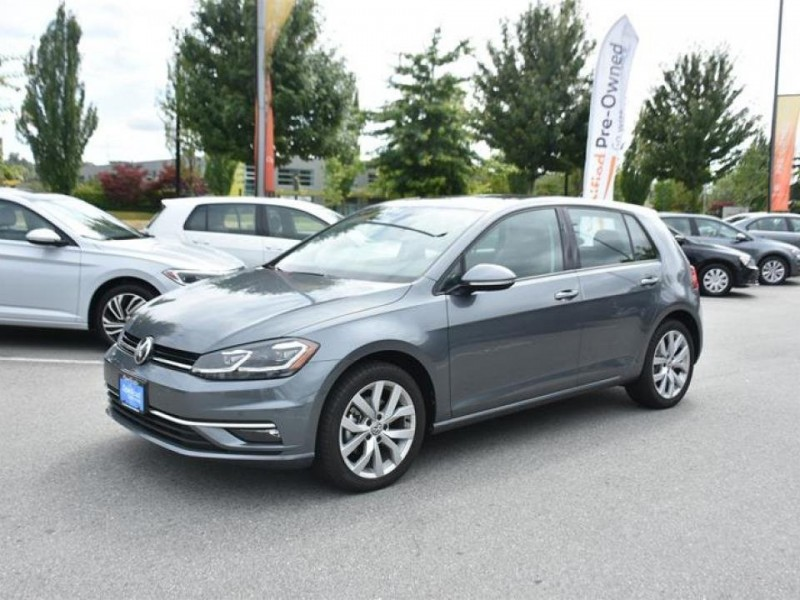 Volkswagen Golf 2018 price $27,299
