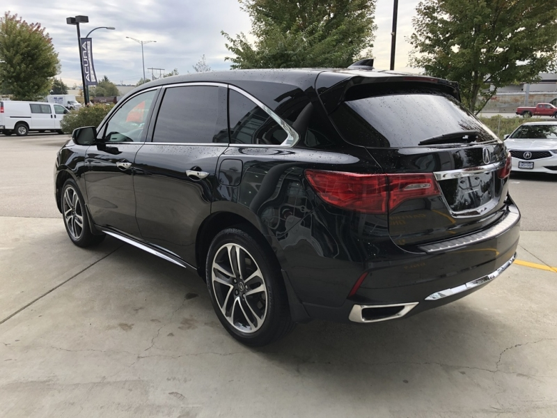 Acura MDX 2017 price $37,980