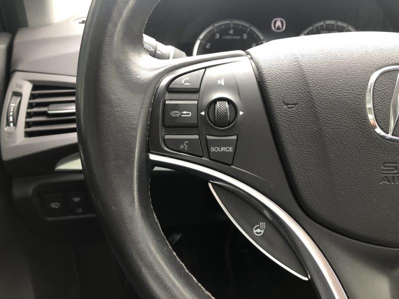 Acura MDX 2016 price $26,552