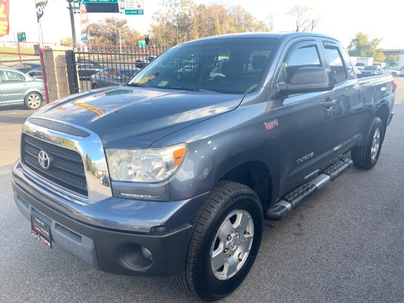 Toyota Tundra 2007 price $10,995