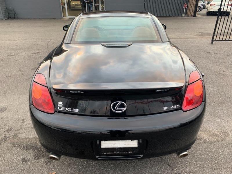 Lexus SC 430 2005 price $19,995