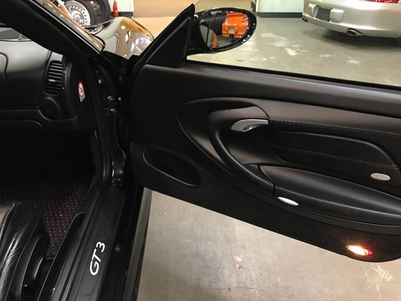 Porsche 911 2004 price $67,000