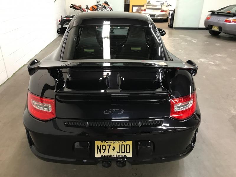 Porsche 911 2011 price $107,000