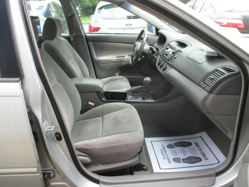 Toyota Camry 2002 price $3,250