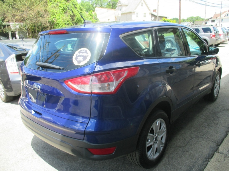 Ford Escape 2013 price $7,495