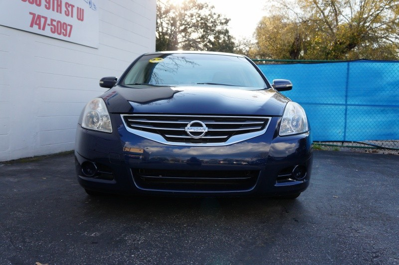 Nissan Altima 2010 price $7,900